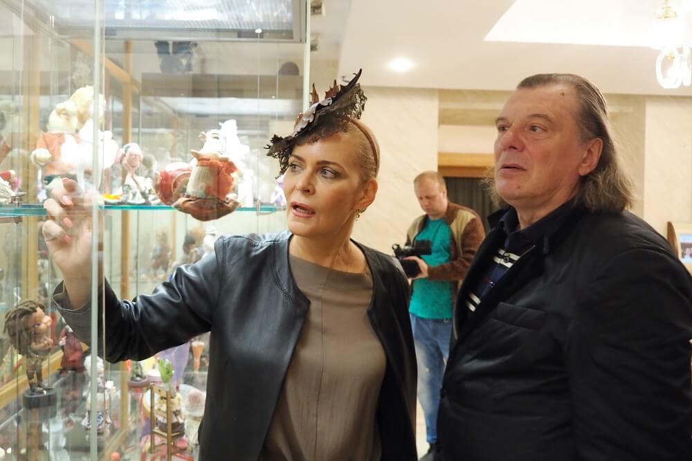 Выставка кукол Алёны Яковлевой